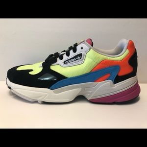 Adidas Falcon women's Hi-Res Yellow Black sz 7.5